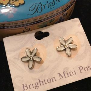 NWT Brighton Mini Post White Daisy w/Stone Center